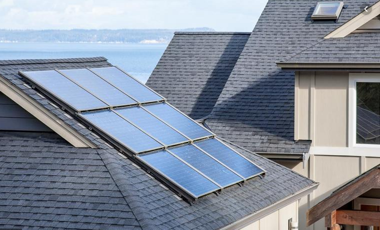 What are the pros and cons of buying solar panels for your home in Florida?